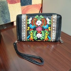 Montana West embroided wallet/wristlet